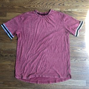 Loose red t-shirt